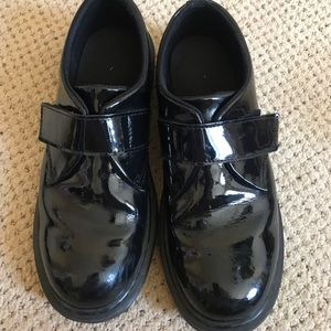 BLACK DOC MARTENS